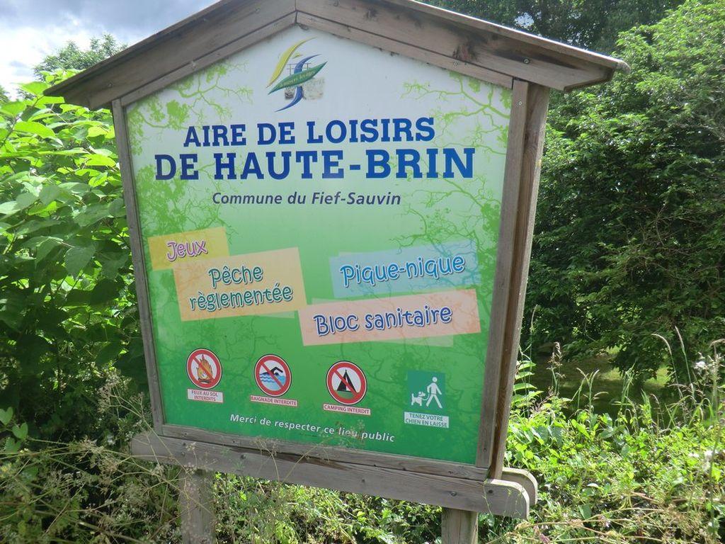 AIRE DE PIQUE-NIQUE DE HAUTE-BRIN©