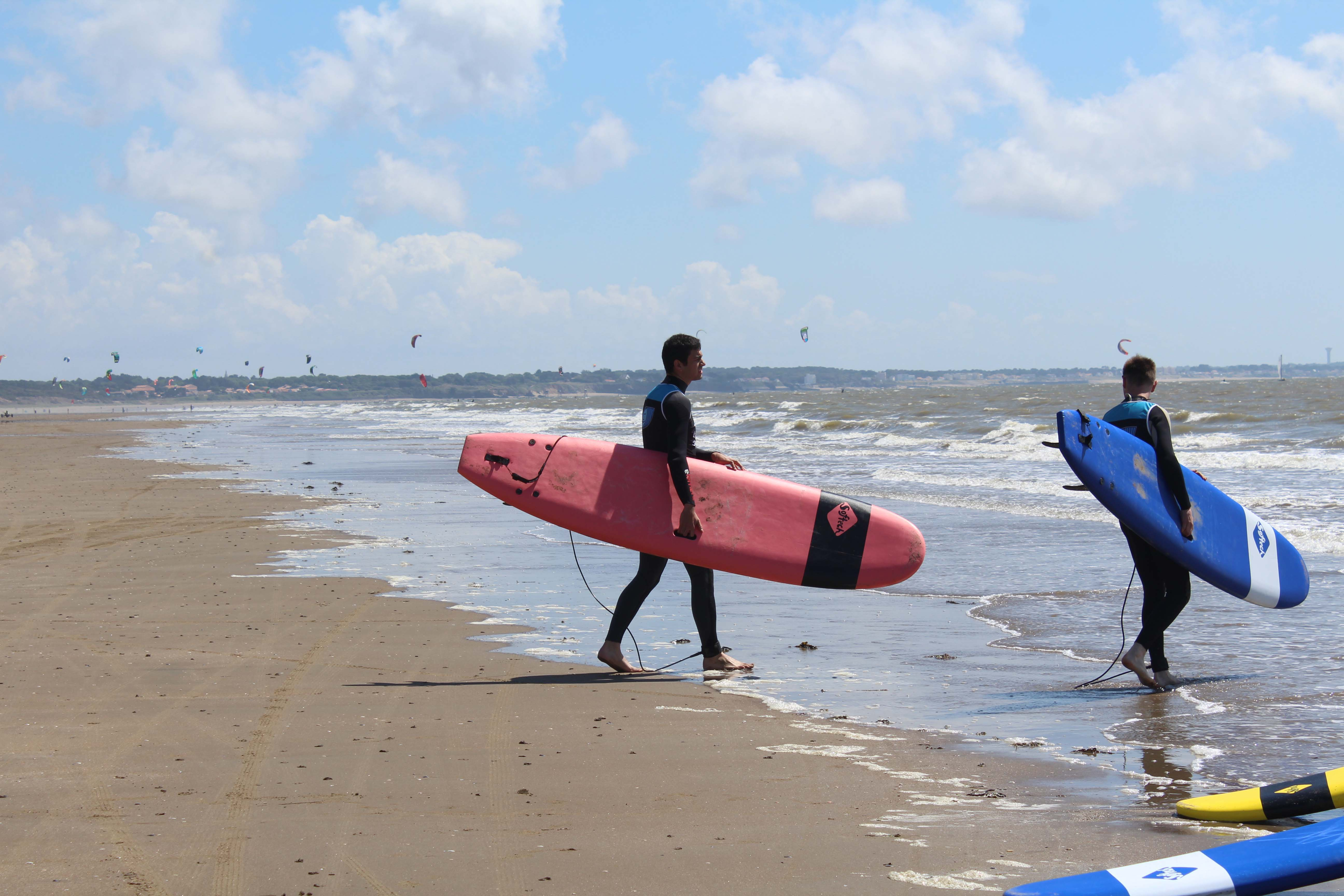 SURF AVEC ATLANTIC SURF ACADEMY©